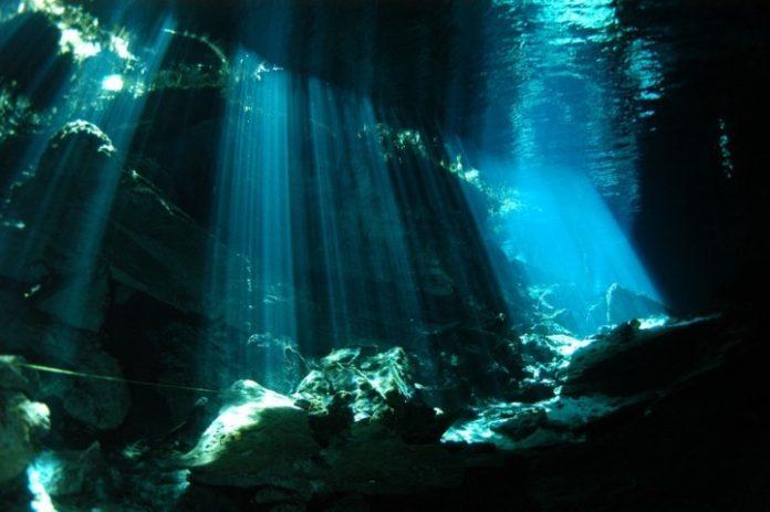 Electricidad submarina