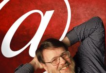 Ray Tomlinson inventor del email