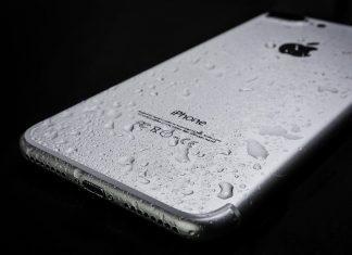Lo qué debes hacer si tu iPhone cae al agua