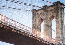 Puente de Brooklyn gracias a la supervisión de Emily Roebling
