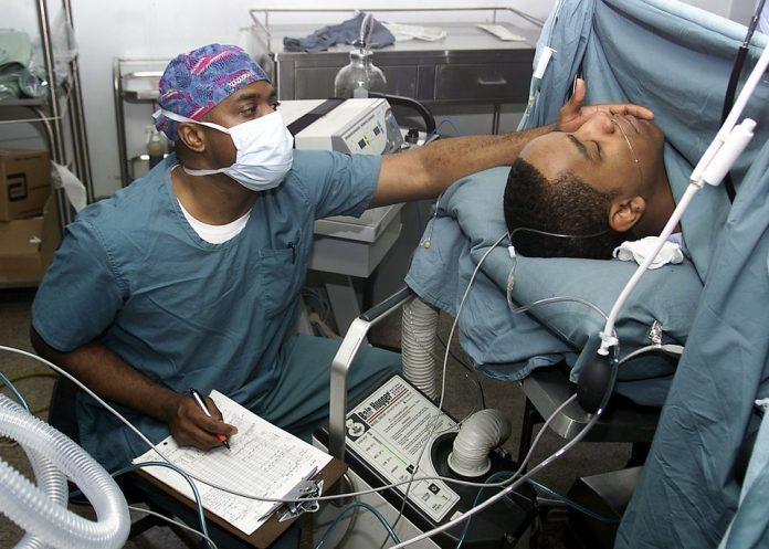 Cirugías a pacientes