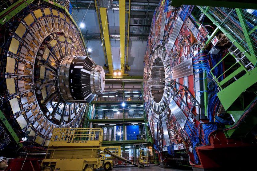 Dentro del Top 10 tenemos el Gran Colisionador de Hadrones