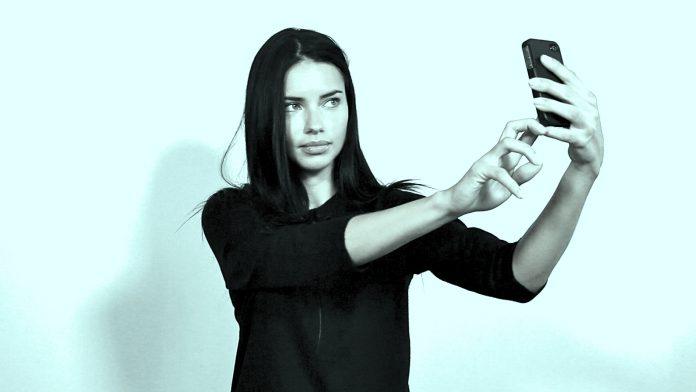 Espacio ideal para los narcisistas, las redes sociales