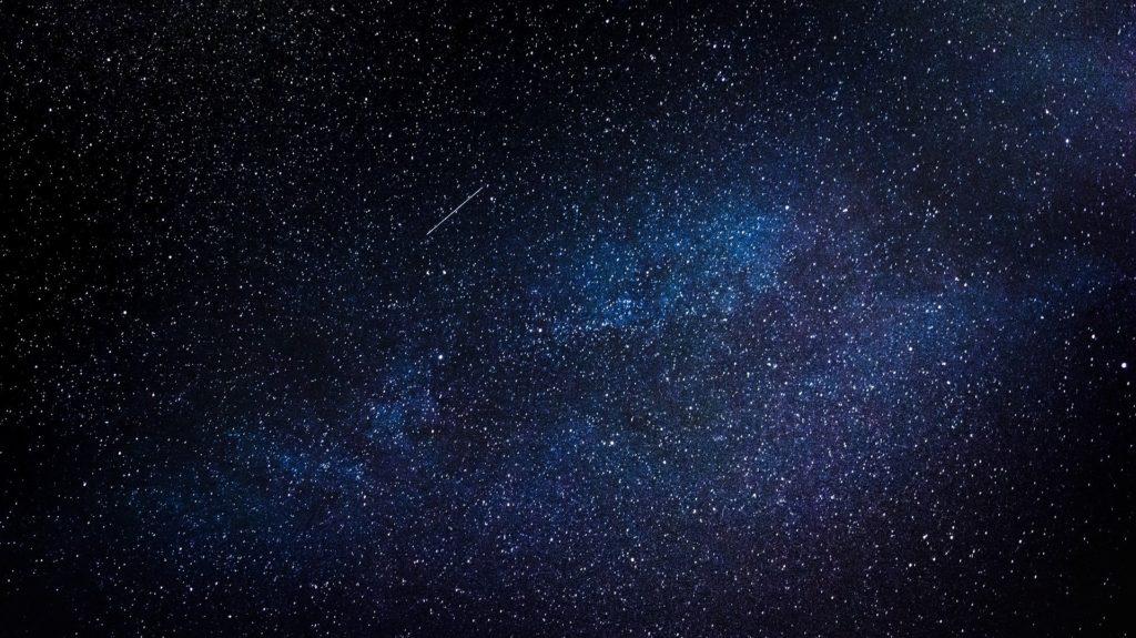 diferencia entre estrellas y planetas, las estrellas titilan