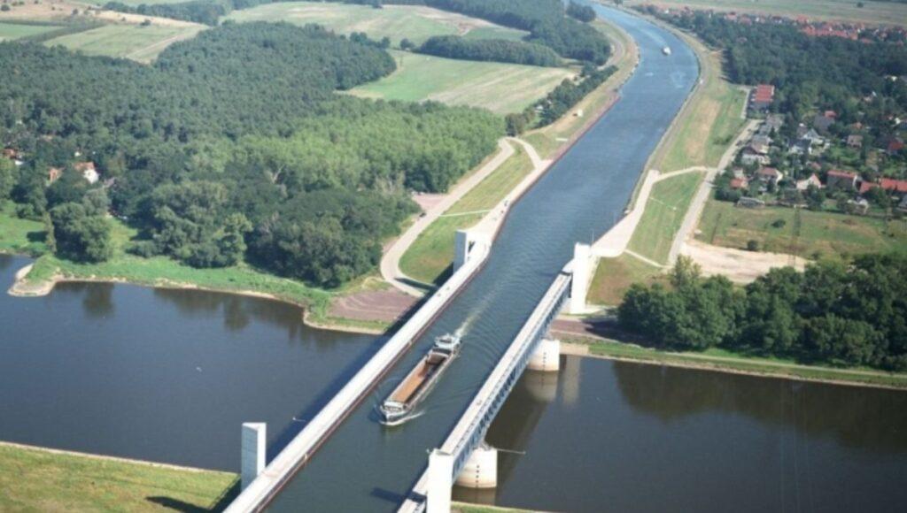 Puente de Magdeburgo